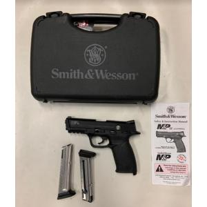 Used Smith & Wesson M&P 22 w/Case & Magazines?>