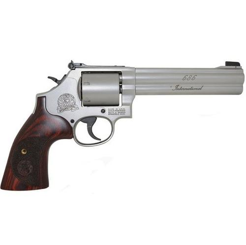 Smith & Wesson S&W Smith Wesson 686 .357 MAG. 6'' BRL 6 SH STS, Wood Grip?>