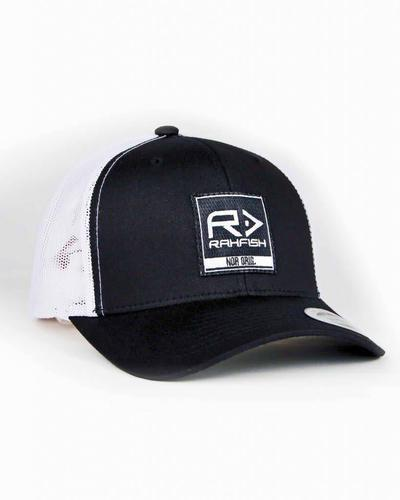 RAHFISH RAHFISH BIG R 2×2 TRUCKER HAT – BLACK / WHITE?>