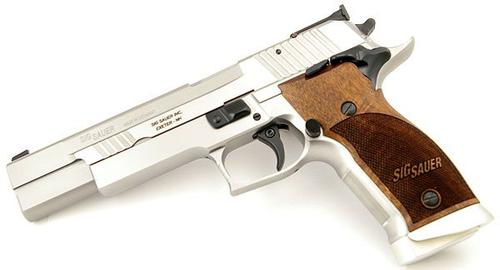 Sig Sauer P226-x-six Super Match 9mm SAO with 2 mags?>