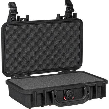 Pelican 1170 Case with Foam  Black?>
